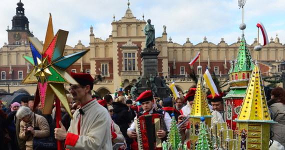 50 szopek wykonanych przez dorosłych i 124 szopki autorstwa dzieci i młodzieży zgłoszono do 71. Konkursu Szopek Krakowskich. Wyniki zostaną ogłoszone w niedzielę.