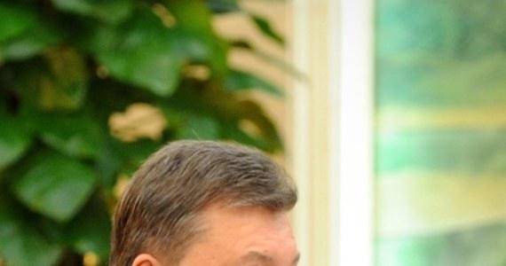Administracja prezydenta Ukrainy Wiktora Janukowycza potwierdziła doniesienia mediów, że spotkał się on w Soczi z prezydentem Rosji Władimirem Putinem. Rozmowa dotyczyła przygotowań do podpisania umowy o partnerstwie strategicznym - czytamy w komunikacie.