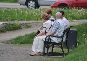 Coraz więcej emerytów w rejestrze długów