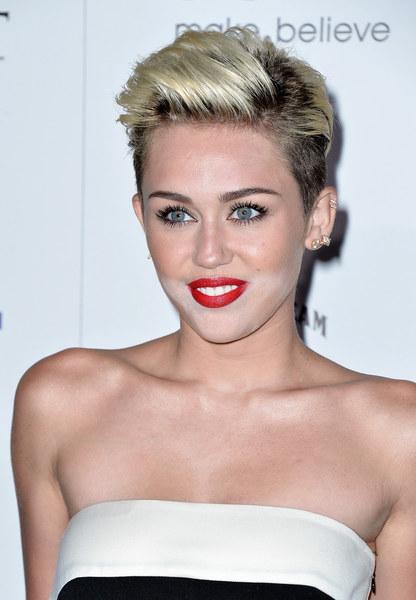 Miley Cyrus Krótkie Włosy Ciekawefryzurypl Fryzury