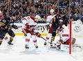 Kuriozalny gol w meczu Buffalo Sabres - Phoenix Coyotes