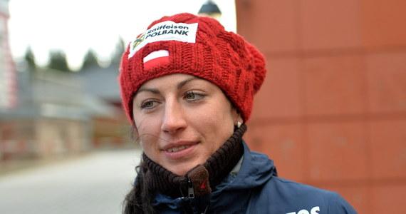 Według mistrza świata w biegach narciarskich z Lahti Józefa Łuszczka organizatorzy Tour de Ski, zmieniając w ostatniej chwili zasady cyklu, działali na rzecz wygranej zawodniczek Norwegii. Innego zdania jest jego były trener Edward Budny. Justyna Kowalczyk podjęła decyzję o wycofaniu się z cyklu TdS po tym, gdy zmieniono zasady rozgrywania niektórych konkurencji.