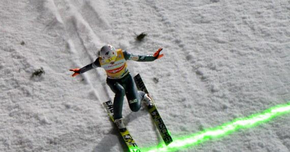 O godzinie 16.30 rozpocznie się finałowy konkurs 62. Turnieju Czterech Skoczni w niemieckim Obersdorfie. Polscy skoczkowie wystartują w nim w pełnym, sześcioosobowym składzie. Dziś również drugi odcinek Tour de Ski - sprint techniką dowolną w Oberhofie. Pobiegnie w nim m.in. nasza zawodniczka Sylwia Jaśkowiec.