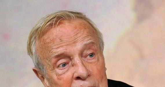 90-letni włoski reżyser teatralny, filmowy i operowy Franco Zeffirelli ogłosił, że pracuje nad książką o świętym Franciszku z Asyżu. Postanowił ją zadedykować papieżowi Franciszkowi.