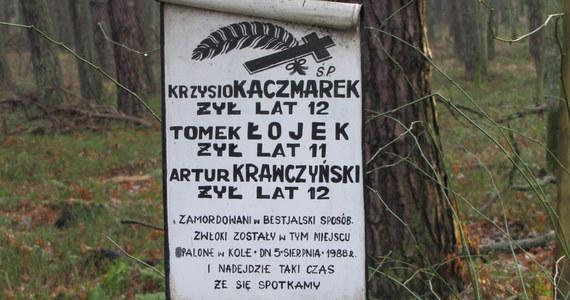 Pedofil-morderca Mariusz Trynkiewicz może wyjść na wolność mimo uchwalonej tzw. ustawy o bestiach. Powodem jest opóźnienie wejścia w życie prawa. Rząd wprowadził ustawę, by izolować najgroźniejszych przestępców skazanych na karę śmierci za czasów PRL. W 1989 roku wyroki te - na mocy amnestii - zostały im zamienione na 25 lat więzienia.