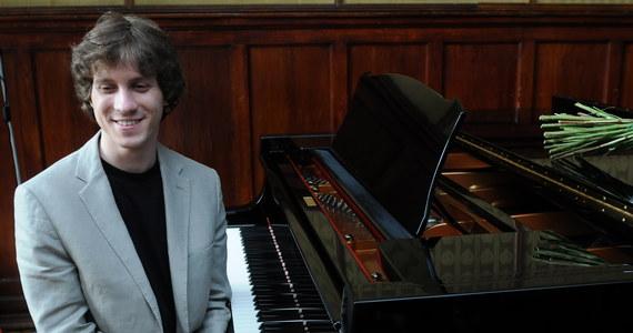 Polski pianista Rafał Blechacz został laureatem Gilmore Artist Award, nagrody przyznawanej co cztery lata za wyjątkowy kunszt artystyczny. Blechacz, który został wybrany spośród ponad 100 kandydatów, otrzyma 300 tysięcy dolarów.