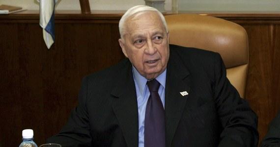 Były premier Izraela Ariel Szaron, który jest w śpiączce od ośmiu lat, jest bliski śmierci. Informację przekazał opiekujący się nim szpital Szeba koło Tel Awiwu.