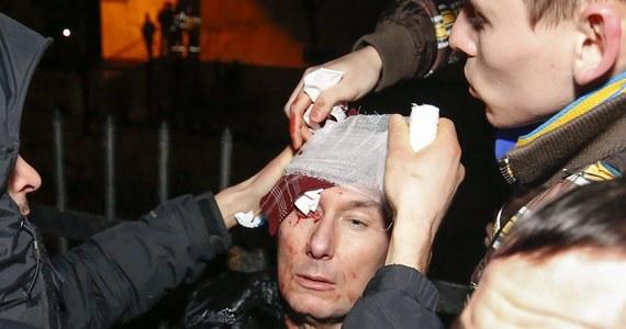 Pobity przez milicjantów w Kijowie Jurij Łucenko jest w bardzo poważnym stanie. Takie informacje przekazała korespondentowi RMF FM rzeczniczka ukraińskiego opozycjonisty Łarisa Sargan.