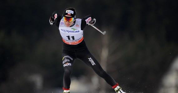 """Najlepszym sportowcem Polski w 2013 roku w plebiscycie """"Przeglądu Sportowego"""" i TVP roku została Justyna Kowalczyk. To piąty taki tytuł biegaczki narciarskiej w karierze."""