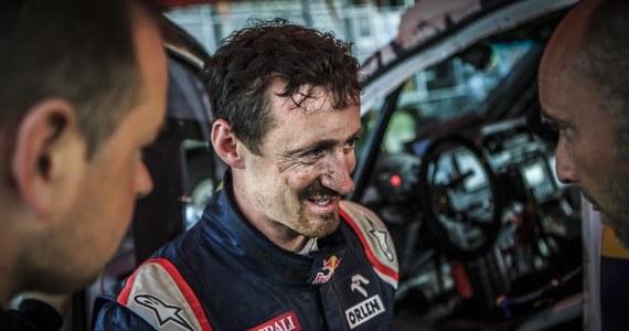 Awaria wycieraczek sprawiła, że Adam Małysz na 7. etapie Rajdu Dakar stracił do zwycięzcy ponad 40 minut. Były skoczek w klasyfikacji generalnej jest jednak na wysokim - 11. miejscu.