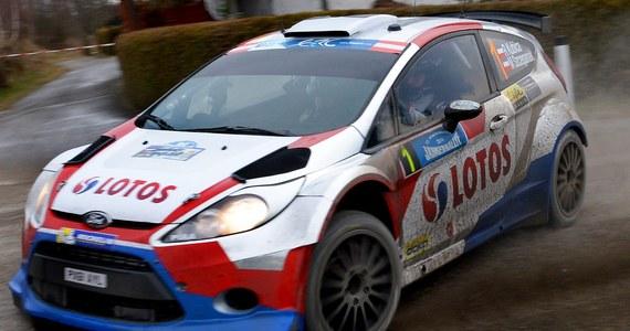 Robert Kubica (Ford Fiesta WRC) z pilotem Maciejem Szczepaniakiem uzyskali piąty czas na odcinku testowym przed rozpoczynającym się w czwartek 82. Rajdem Monte Carlo, pierwszą w sezonie 2014 rundą mistrzostw świata. Najszybszy był broniący tytułu Francuz Sebastien Ogier (VW Polo WRC), a Polaka wyprzedzili jeszcze Brytyjczyk Kris Meeke, Norweg Mads Oestberg (obaj Citroen DS3 WRC) oraz Fin Jari-Matti Latvala (Volkswagen Polo R).