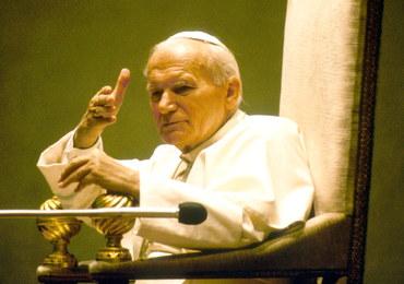 Nieznane dotąd notatki Jana Pawła II trafią do księgarń