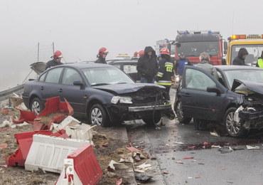 Karambol na S7. Zderzyło się kilkanaście aut