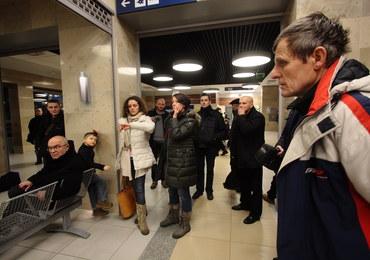 Kolej przegrywa z zimą. Kilkadziesiąt pociągów odwołanych