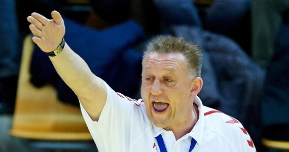 """""""Zrobiliśmy w tym meczu wszystko, co było w naszej mocy. Walczyliśmy do samego końca. Nie mogę powiedzieć nic złego o moim zespole. O porażce zadecydowały drobiazgi"""" - ocenił po przegranym meczu z Chorwatami trener polskich szczypiornistów Michael Biegler. """"Zabrakło koncentracji i współpracy"""" - dodał rozgrywający biało-czerwonych Krzysztof Lijewski."""