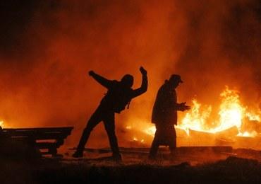 """Ogień i krew na Euromajdanie. """"Jesteśmy gotowi do kompromisów"""""""