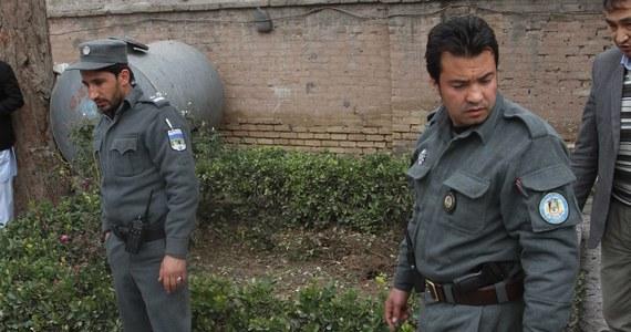 Samobójczy zamach na autobus w Kabulu. Zginęły co najmniej 4 osoby. Do ataku przyznali się talibowie.