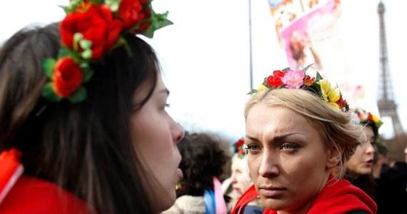 Tysiące osób uczestniczyło w sobotę w Madrycie w demonstracji przeciwko rządowemu projektowi ustawy, która ma zaostrzyć przepisy dotyczące aborcji. Uchwalona cztery lata temu ustawa zezwala na dokonywanie w Hiszpanii aborcji do 14. tygodnia ciąży.