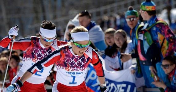 """Międzynarodowy Komitet Olimpijski przypomniał, że uczestnikom igrzysk w Soczi nie wolno podczas zawodów nosić czarnych opasek na znak żałoby po śmierci bliskiej osoby, jak to uczyniły norweskie narciarki w sobotnim biegu łączonym. """"Wysłaliśmy w tej sprawie listowne upomnienie Norweskiemu Komitetowi Olimpijskiemu. Sprawa jest zamknięta"""" - powiedział rzecznik prasowy MKOl Mark Adams."""