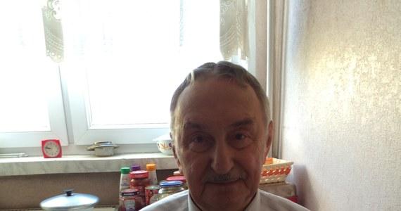 Z 6 groszy zrobiło się nagle prawie 400 złotych długu. Pieniędzy domagają się bank i firma windykacyjna. W RMF 24 przedstawiamy historię 82-letniego pana Jerzego z Lublina. Jego kłopoty zaczęły się od spotkania, na którym kupił wełnianą pościel.