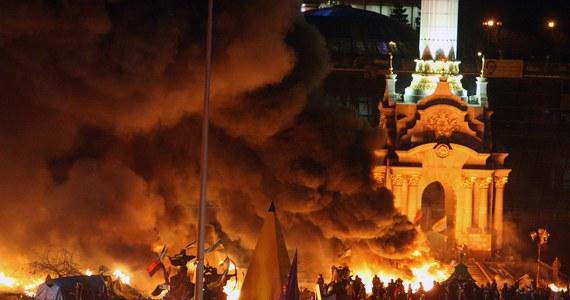 Sprzeczne informacje dotyczące liczby ofiar zamieszek w Kijowie. Ostatnie dane mówią o 20 zabitych. Część mediów twierdzi, że może ich być znacznie więcej. Jak podaje opozycja, rannych zostało blisko 200 osób po stronie przeciwników władz. To najpoważniejsze zamieszki na Ukrainie od 23 stycznia. W kraju trwa kryzys polityczny.