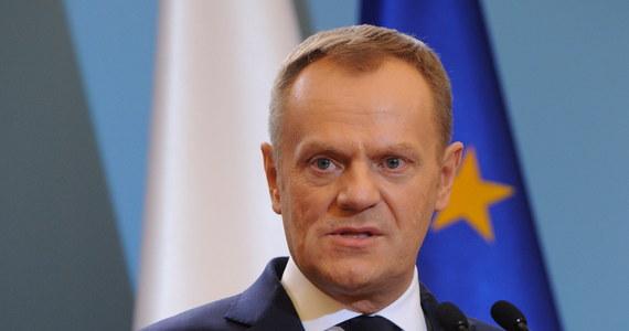 """Premier Tusk podkreślił, że celem misji w Kijowie szefów MSZ Polski, Niemiec i Francji było przede wszystkim """"zaprzestanie przemocy i rozlewu krwi"""". Ten cel, póki co, udało się osiągnąć, ale droga do porozumienia jest ciągle bardzo daleka – powiedział."""