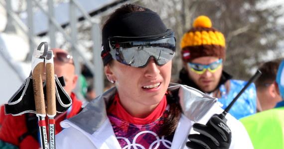 Justyna Kowalczyk zeszła z trasy biegu narciarskiego na 30 km techniką dowolną w igrzyskach olimpijskich w Soczi. Polka zrezygnowała z rywalizacji po ok. 13 km. Zwyciężyła Norweżka Marit Bjoergen. O 2,6 s wyprzedziła rodaczkę Therese Johaug.