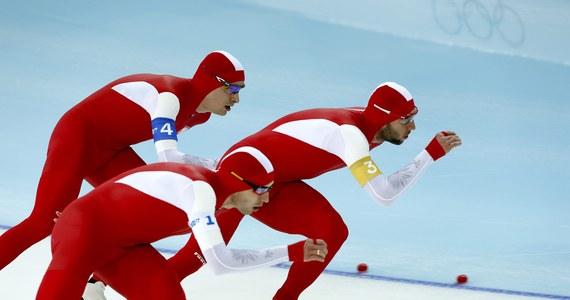 Polscy łyżwiarze szybcy zdobyli brązowy medal igrzysk w Soczi w rywalizacji drużynowej. Nasi panczeniści spotkali się z mistrzami olimpijskimi z Vancouver Kanadyjczykami.