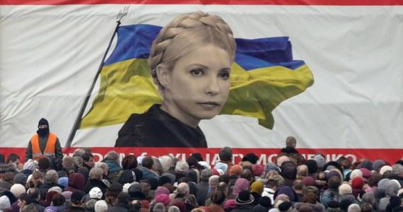 """Cel, jaki przyświeca wydarzeniom na Ukrainie, jest jasny - chodzi o uderzenie w Rosję - mówi """"Rzeczpospolitej"""" prof. Siergiej Markow. Kremlowski politolog nie wyklucza definitywnie możliwości interwencji rosyjskiej na Ukrainie, tym bardziej, że """"nowe władze nie przestrzegają zasad demokracji, a likwidacja pomników Lenina jest realizacją zadań wyznaczonych przez Adolfa Hitlera""""."""