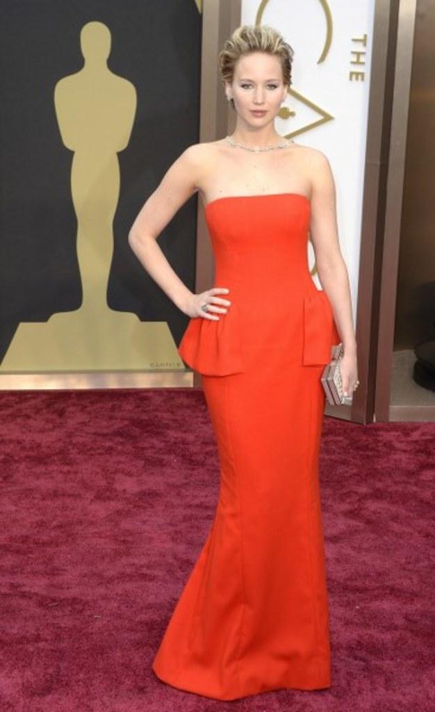 Jennifer Lawrence Oscary 2014 Rewia Mody Na Czerwonym