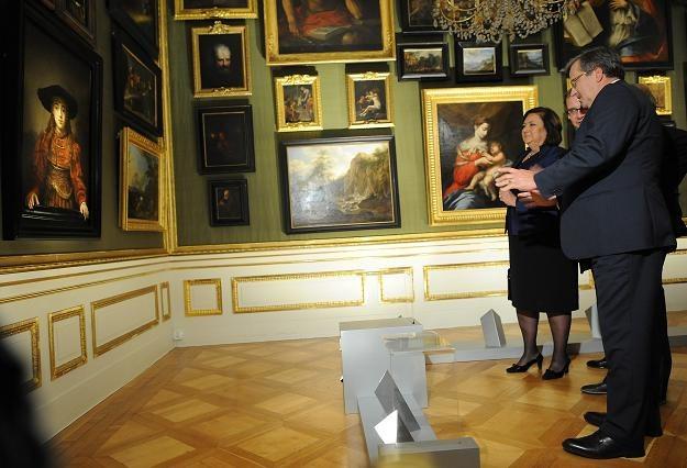 Prezydent Na Ekspozycji Obrazu Rembrandta W łazienkach