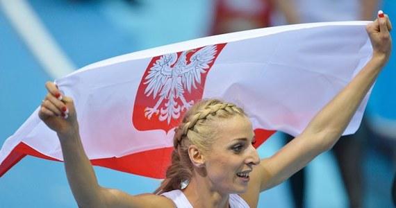 Angelika Cichocka (ULKS Talex Borzytuchom) zdobyła w Sopocie srebrny medal halowych lekkoatletycznych mistrzostw świata w biegu na 800 m. Jej czas to 2.00,45. Zwyciężyła Amerykanka Chanelle Price z najlepszym wynikiem sezonu - 2.00,09.