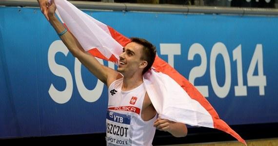 Ostatniego dnia halowych mistrzostw świata w Sopocie polscy lekkoatleci zdobyli dwa srebrne medale w biegu na 800 m - wśród mężczyzn Adam Kszczot, a u kobiet Angelika Cichocka. Rekord globu ustanowili Amerykanie w sztafecie 4x400 m.