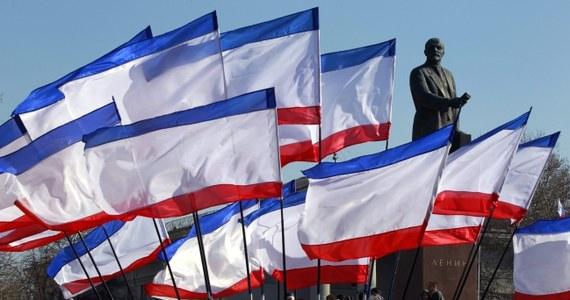 """""""Krym został już spisany na straty przez Unię Europejską, która nie jest w stanie przeciwstawić się jego prawdopodobnej aneksji przez Rosję"""" - twierdzi znany paryski politolog Dominique Moisi, specjalny doradca renomowanego Francuskiego Instytutu Relacji Międzynarodowych (IFRI). Już w listopadzie ubiegłego roku przepowiedział on, że Ukraina stanie się najbardziej zapalnym punktem na mapie Europy."""