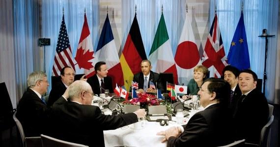 """""""Jesteśmy gotowi zintensyfikować akcje, włączając w to skoordynowane sankcje, które będą mieć coraz bardziej odczuwalny wpływ na rosyjską gospodarkę, jeśli Rosja nie zaprzestanie eskalacji działań"""" – stwierdzili liderzy grupy G7. Poinformowali, że zamiast zaplanowanego na czerwiec w rosyjskim Soczi spotkania w formacie G8 przeprowadzą, również w czerwcu, szczyt w Brukseli."""
