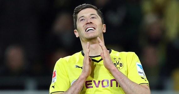 """""""Jeśli pewnego dnia Messi przeszedłby do Bayernu, to mogę śmiało powiedzieć, że z Robertem Lewandowskim stworzyliby duet marzeń. Bayern byłby wówczas rywalem nie do pokonania nie tylko w Niemczech, ale i w każdej lidze"""" - powiedział niemieckiemu dziennikowi """"Sport Bild"""" legendarny piłkarz Argentyny Diego Armando Maradona."""