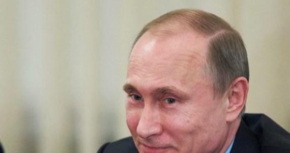 Prezydent Rosji Władimir Putin zapowiedział, że jego kraj stworzy narodowy system kart płatniczych, wzorowany na tych wprowadzonych już w Japonii i Chinach. To odpowiedź na sankcje wprowadzone przez Waszyngton.