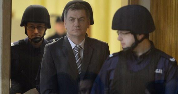 Trzech kuzynów Brunona Kwietnia, byłego wykładowcy akademickiego oskarżonego o przygotowywanie zamachu na Sejm, zeznawało dziś przed krakowskim sądem. Mężczyźni bardzo pozytywnie wypowiadali się o Kwietniu. Sami jednak przyznali, że utrzymywali z nim sporadyczne kontakty.