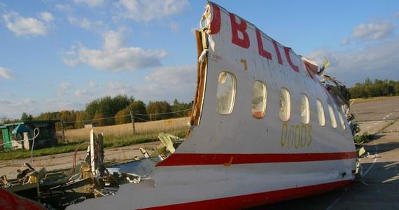 """Żadnej eksplozji w prezydenckim TU-154 nie było - ujawnia """"Gazeta Wyborcza"""". Podkreśla, że cztery lata po katastrofie smoleńskiej prokuratura wojskowa ma ostateczną fizykochemiczną ekspertyzę w tej sprawie."""