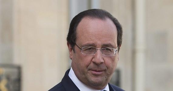 Znowu będą damsko-męskie awantury w Pałacu Elizejskim - alarmują nadsekwańskie media. Sugerują, że Francois Hollande uległ żądaniom swojej byłej wybranki serca Segolene Royal - znanej z wybuchów zazdrości i nienawiści wobec przyjaciółek prezydenta. Zasiądzie ona w nowym rządzie Francji, w którym dostała tekę minister ds. energii i ekologii.