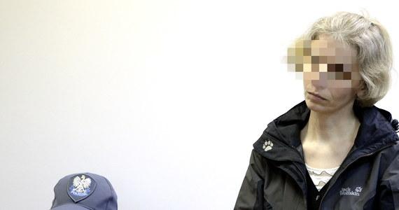 Dożywocie grozi Barbarze U. za uduszenie swojego 4-letniego syna. Jej proces ruszył w sądzie w Tarnobrzegu na Podkarpaciu. 42-latka twierdzi, że dziecko było dla niej ciężarem finansowym. Przyznała się do zabójstwa. W sądzie odmówiła jednak składania wyjaśnień. Odpowiadała tylko na pytania.