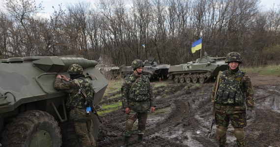 """Prorosyjscy separatyści oraz działający na Ukrainie żołnierze rosyjskich sił specjalnych, którzy nie złożą broni, zostaną zlikwidowani - dowódca specjalnej operacji antyterrorystycznej na wschodzie Ukrainy generał Wasyl Krutow nie pozostawia wątpliwości. Jego zdaniem miasto Słowiańsk od soboty jest kontrolowane przez żołnierzy """"sił specjalnych rosyjskiego wywiadu wojskowego GRU, którzy mają duże doświadczenie w konfliktach""""."""