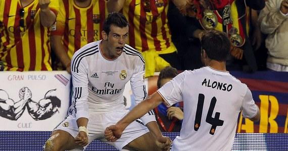 """Hiszpańskie media prześcigają się w zachwytach nad efektowną bramką Garetha Bale'a w finale piłkarskiego Pucharu Króla. Po imponującym rajdzie przez połowę boiska Walijczyk zapewnił Realowi Madryt wygraną 2:1 nad Barceloną. Gazeta """"Marca"""" nazywa go na zmianę """"Garethem Boltem"""" i """"Usainem Balem""""."""