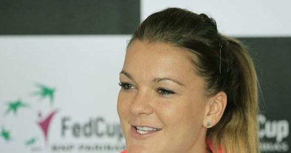 O godz. 11 w sobotę polskie tenisistki rozpoczną baraż z Hiszpanią, którego stawką jest awans do Grupy Światowej Pucharu Federacji. Jako pierwsza na kort kompleksu olimpijskiego w Barcelonie wyjdzie Agnieszka Radwańska, która zagra z Silvią Soler Espinosą.