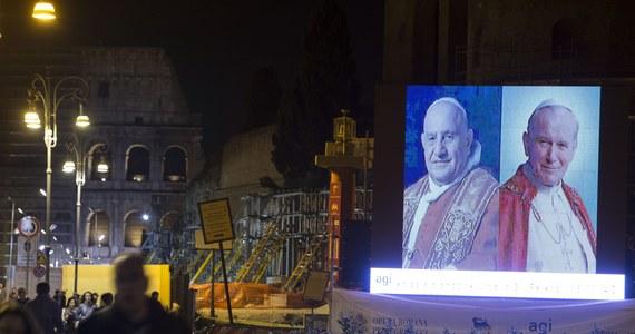 Na kanonizację Jana Pawła II i Jana XXIII przybędą 93 oficjalne delegacje, wśród nich 24 głowy państw - prezydenci i monarchowie oraz ok. 30 premierów - poinformował Watykan. Emerytowany papież Benedykt XVI nie potwierdził jeszcze swej obecności.