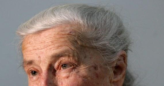 """Wanda Półtawska przyjaźniła się z Karolem Wojtyłą, a potem Janem Pawłem II przez ponad pół wieku. Papież pisał o niej: """"Mój ekspert osobisty od 'Humanae vitae'"""", a włoski dziennik """"La Stampa"""" określił ją """"Agentem 007 Jana Pawła II""""."""