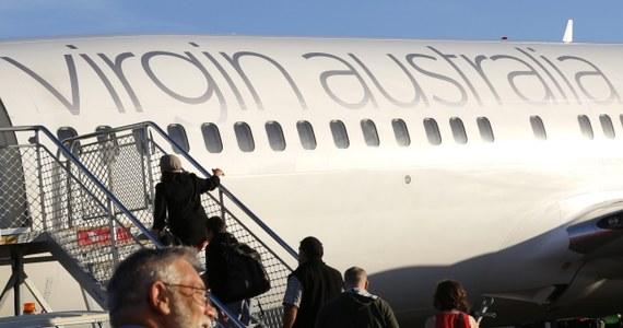 Samolot australijskich tanich linii lotniczych Virgin Blue został zmuszony do lądowania na lotnisku na indonezyjskiej wyspie Bali. Do kokpitu próbował dostać się pasażer. Kapitan maszyny twierdził, że było to porwanie. Teraz władze linii mówią o incydencie z udziałem pijanego.