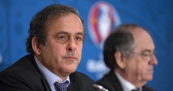 Chęć organizacji piłkarskich mistrzostw Europy w 2020 roku zgłosiło 19 krajowych federacji, a 13 zrezygnowało - poinformowali przedstawiciele UEFA. Jednym z państw, które wycofały się z pomysłu złożenia aplikacji jest Polska.