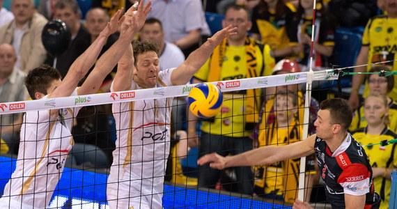 W trzecim meczu finałowym siatkarze PGE Skry Bełchatów pokonali Asseco Resovię Rzeszów 3:0 (25:17, 25:20, 25:18) i zdobyli tytuł mistrza Polski. Finałową rywalizację play off wygrali 3-0.