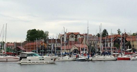 Majówka to tradycyjnie początek sezonu żeglarskiego. Według żeglarzy wiele osób nie docenia naszych jezior i zamiast na przykład Mazur, wybiera Chorwację.
